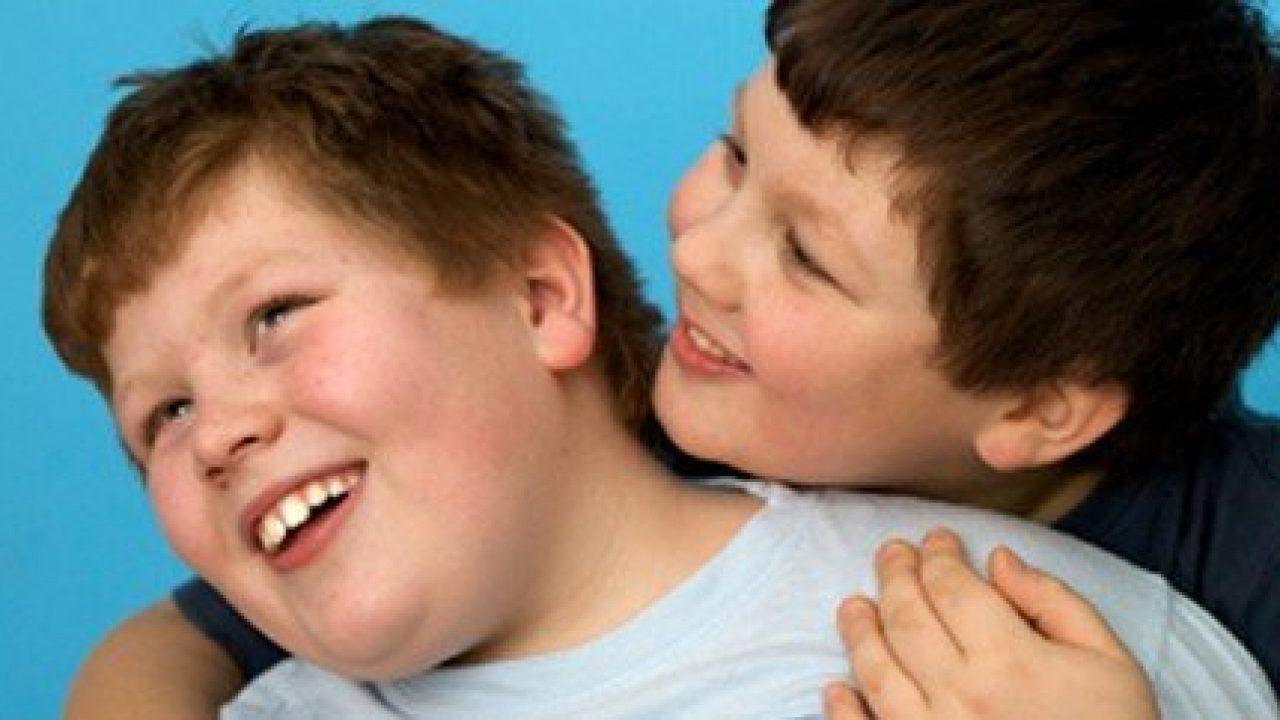 I giovani obesi mangiano di più perché percepiscono meno i sapori?