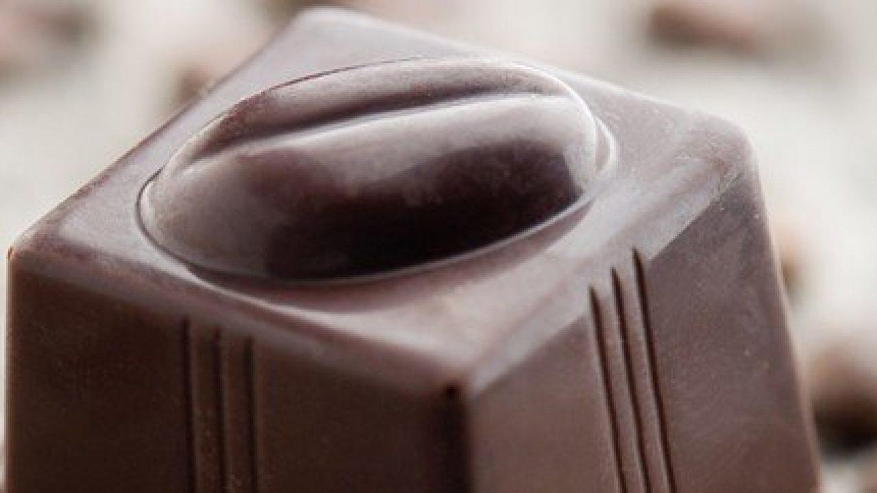 Il cioccolato fondente proteggerebbe dal diabete di tipo 2