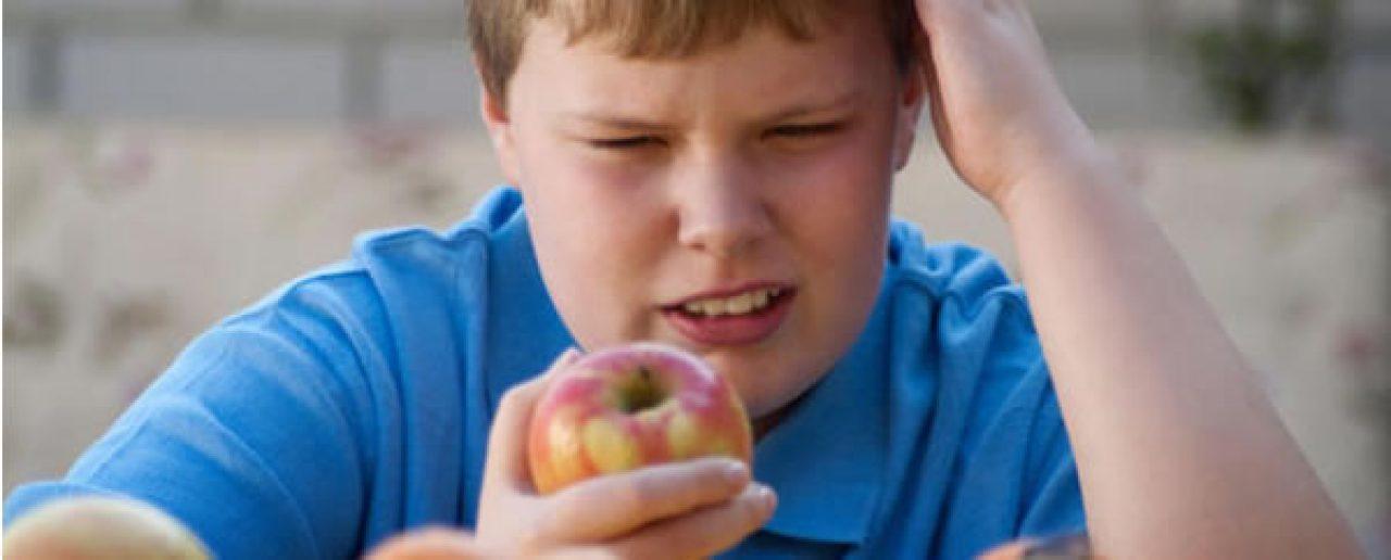 Obesità infantile: la dieta mediterranea protegge dal fegato grasso
